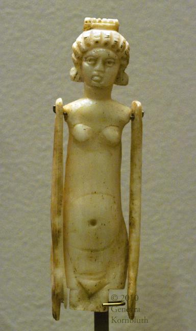 Roman doll, Louvre, copyright Genevra Kornbluth